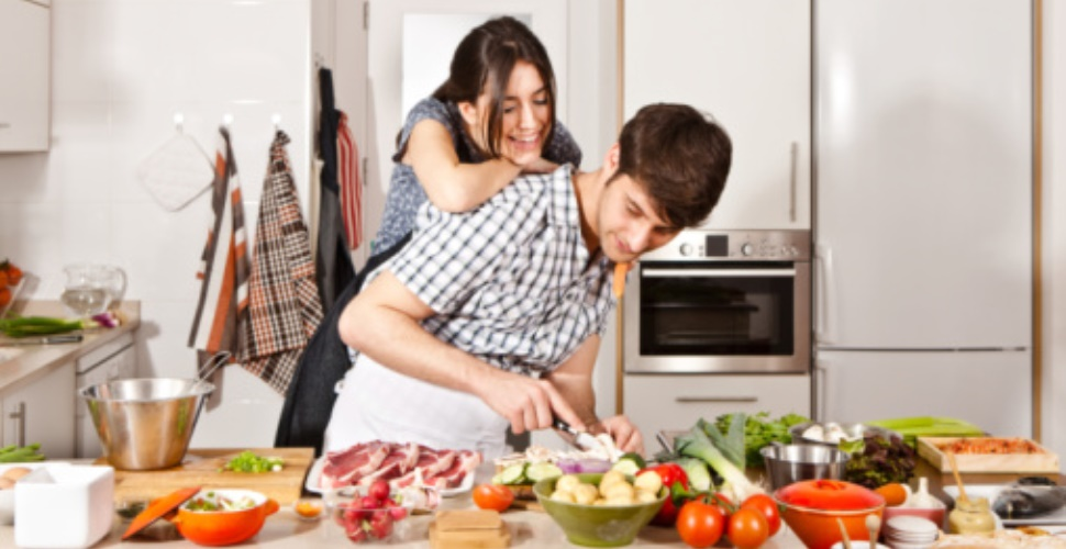 How To Become A Nutritionist - Steps & Career Opportunities